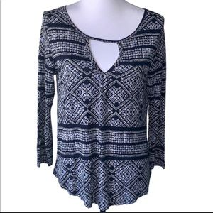 Lucky Brand Pretty Blue Tile Print Top Size Small